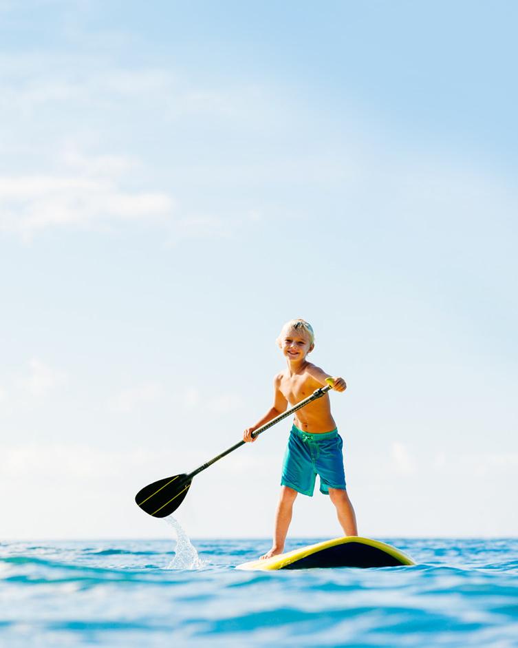 SUP - navigare con bambini nel mare della Sardegna