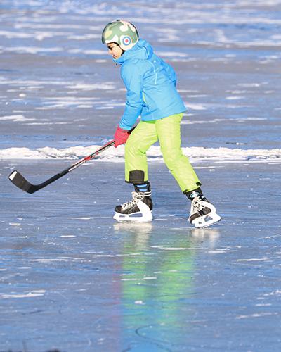 pattinaggio sul ghiaccio bambini a silvaplana