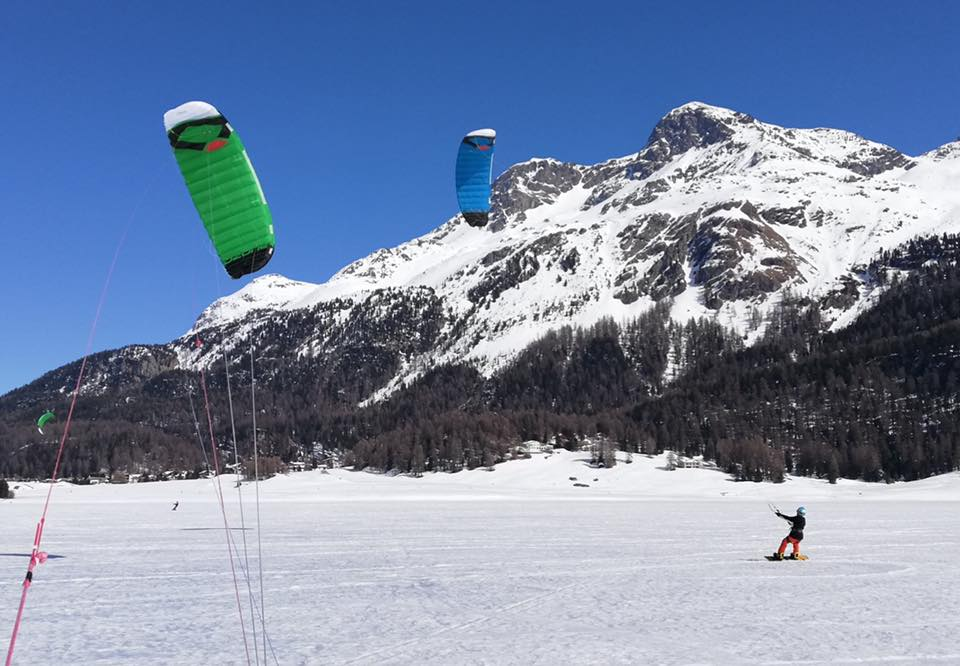 Snowkiting: a new way to experience the mountains in winter